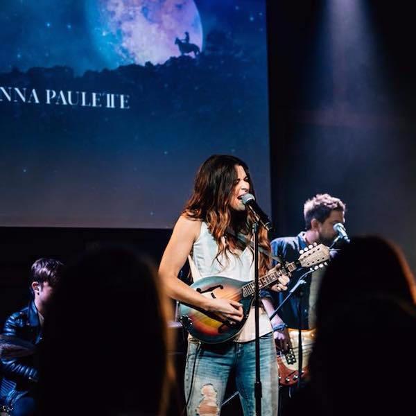 Jenna paulette live.5