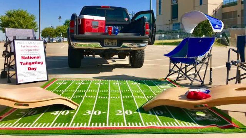 Cover.Tailgating